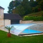 Abri bas de piscine